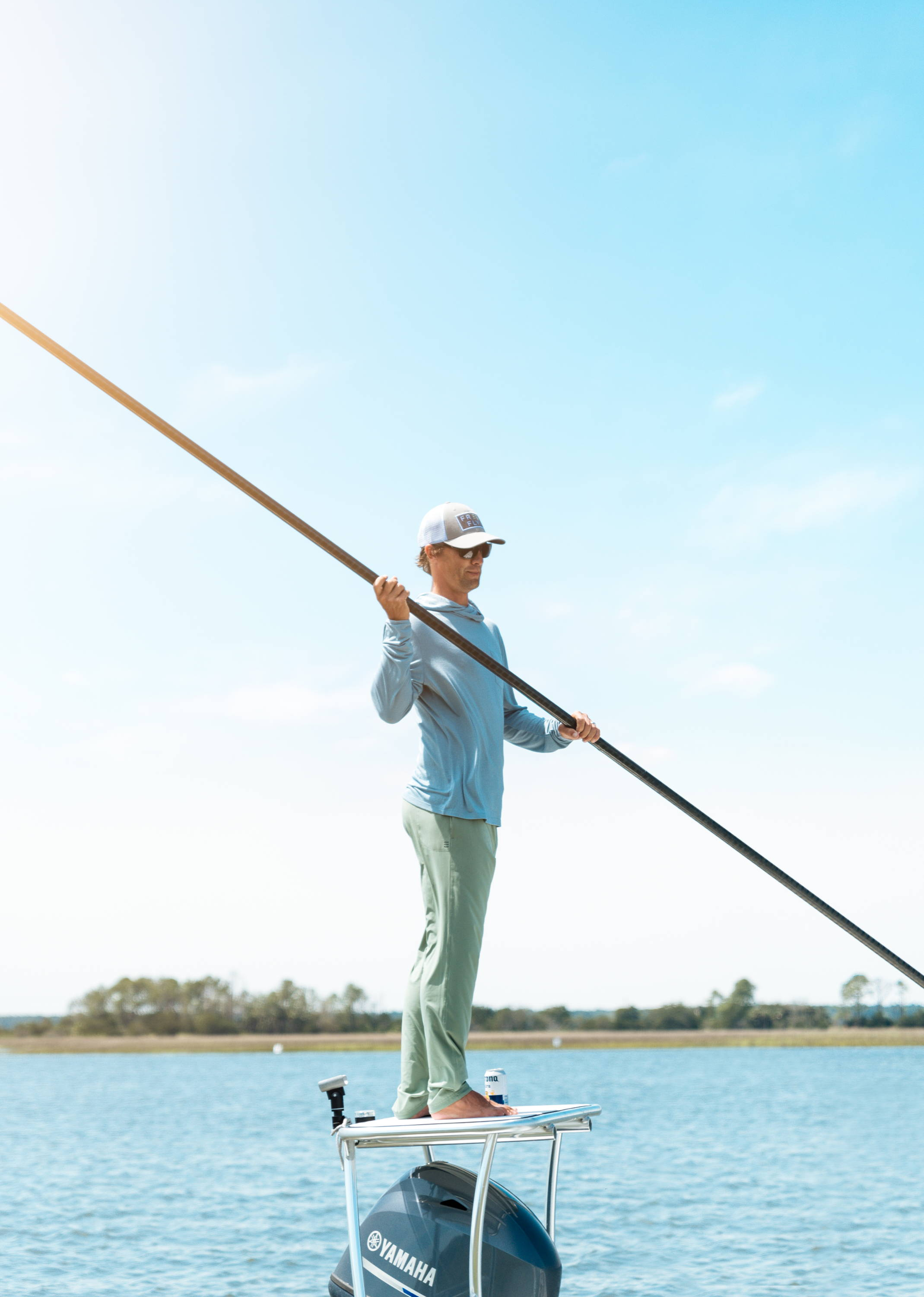 The Men's Breeze Pant is a versatile, go-to style for all your outdoor adventures.