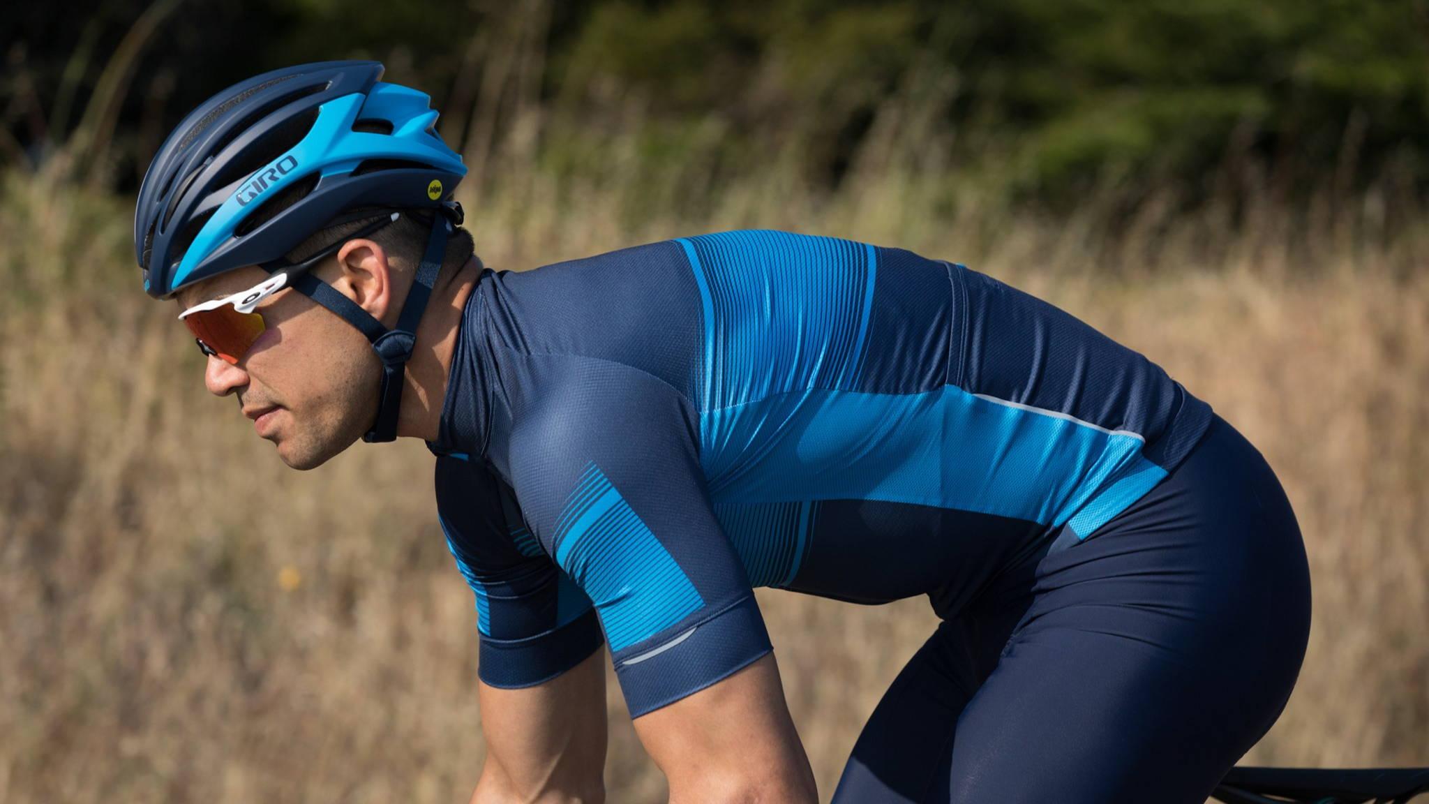 Giro Cycling Helmets - Bicicletta Vancouver