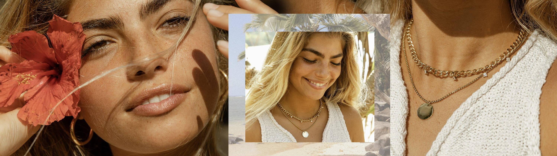 Model trägt den wasserfesten PURELEI Schmuck - Sommer, Sonne, Meer