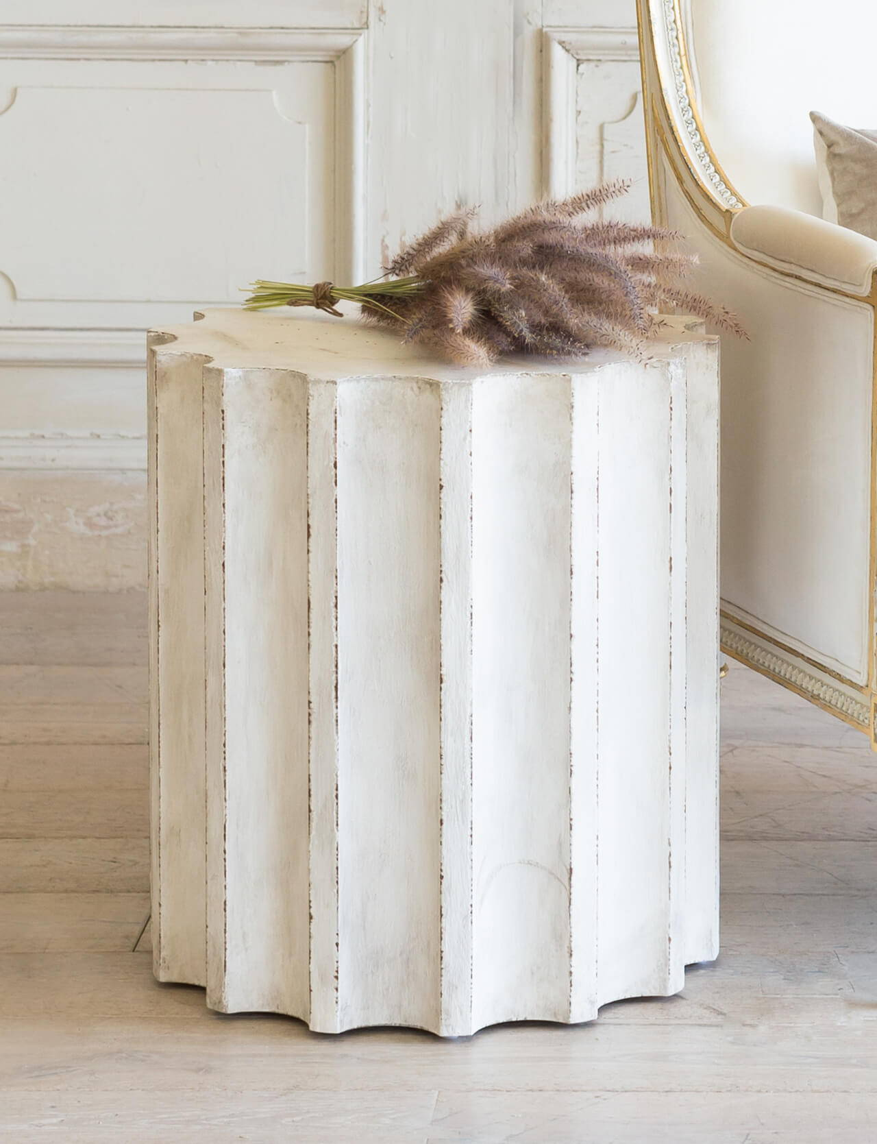Eloquence® Column Side Table in Plaster White Finish