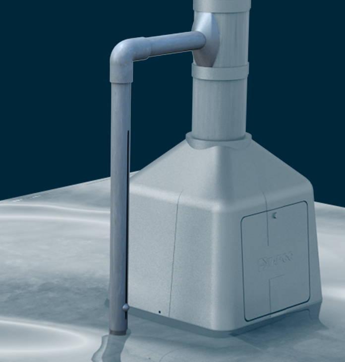 Pole-mounted water sensor