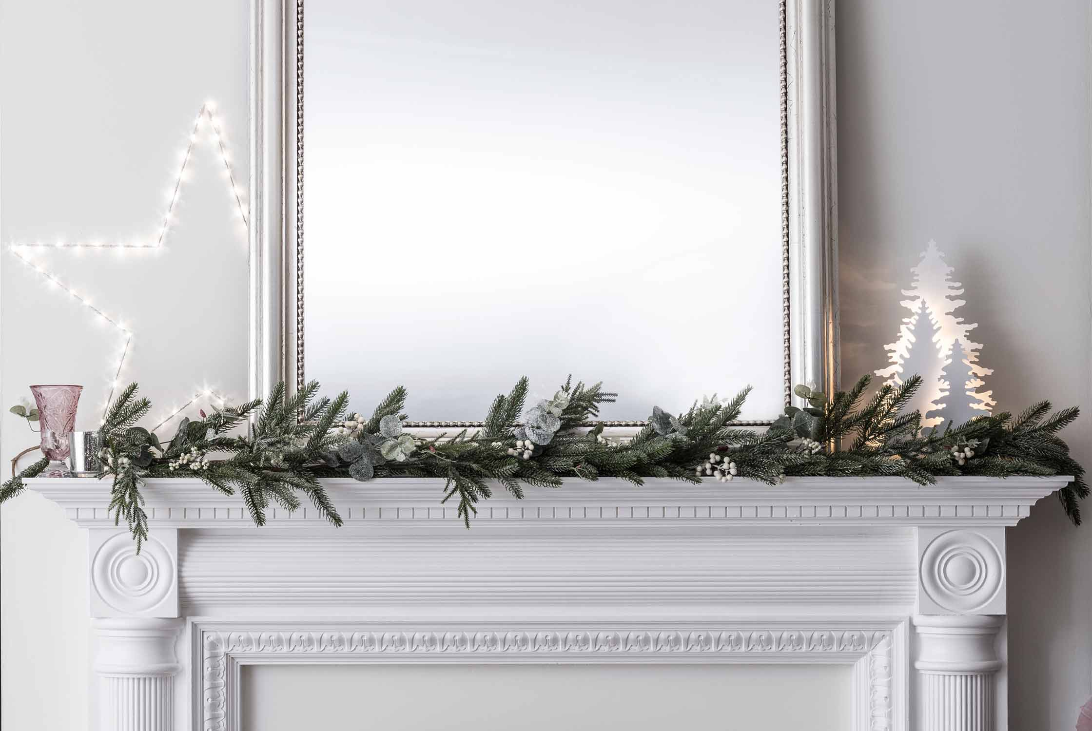 Christmas Hearth Decorations.Christmas Mantelpiece Lights Ideas Lights4fun Co Uk