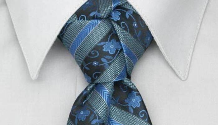Closeup of trinity tie knot