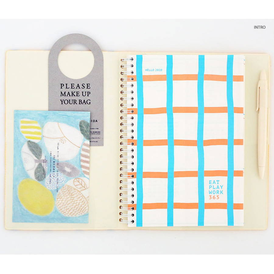 Intro - Romane 2020 Eat play work 365 dated daily diary planner