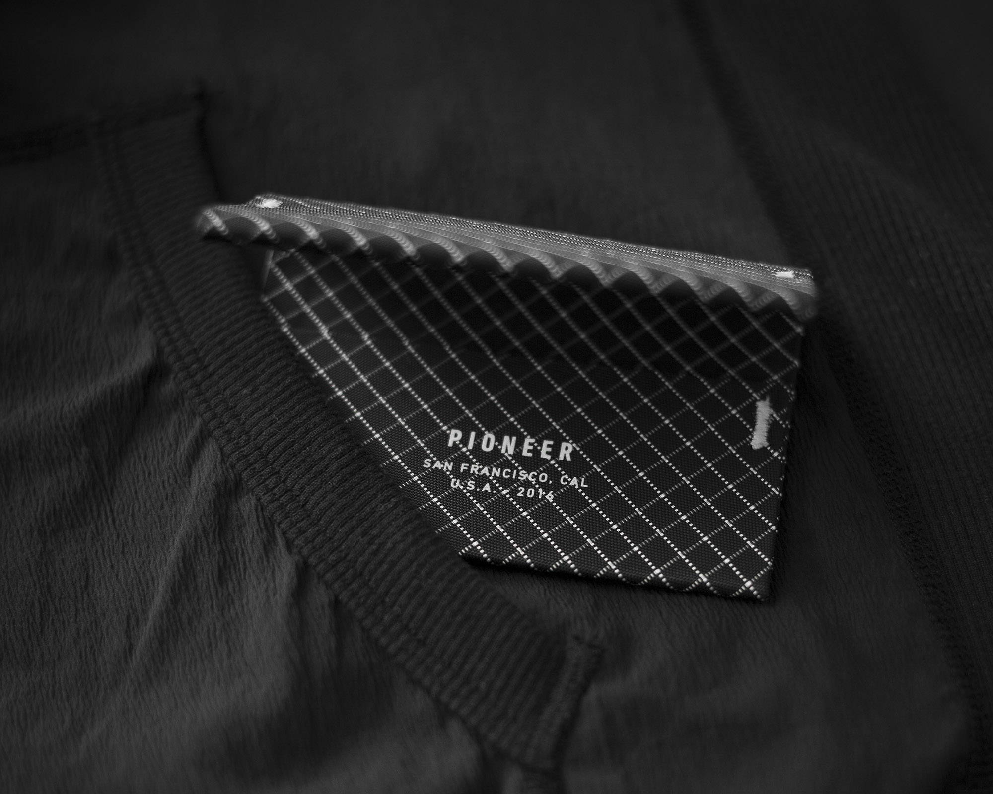 Ion bifold black on technical jacket