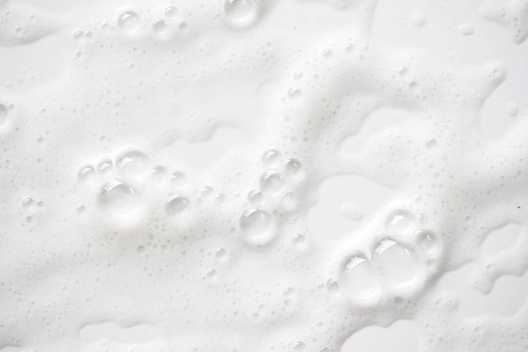 Gesichtsreinigung am Morgen: Warum Wasser völlig ausreicht | Five Skincare
