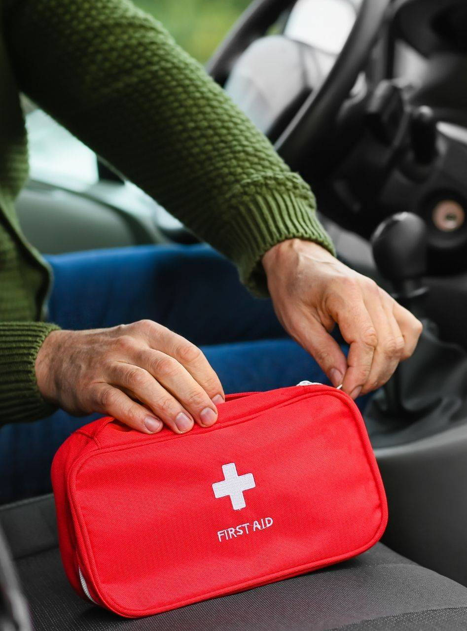 5 best first aid kits for cars for your road trip in 2021 from Safety Kits Plus