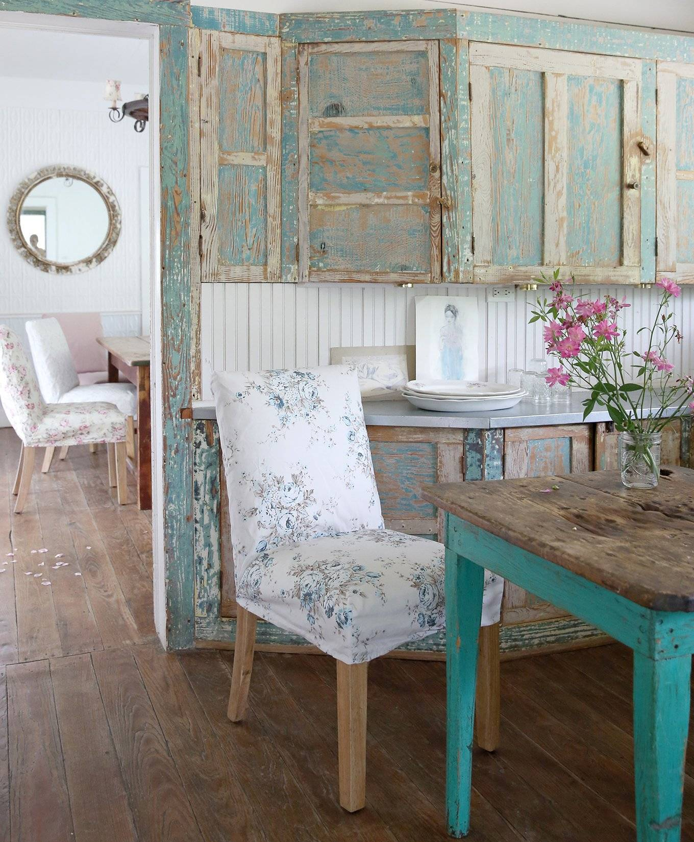 Shabby Chic Furniture: Shabby Chic: The Official Rachel Ashwell Shabby Chic