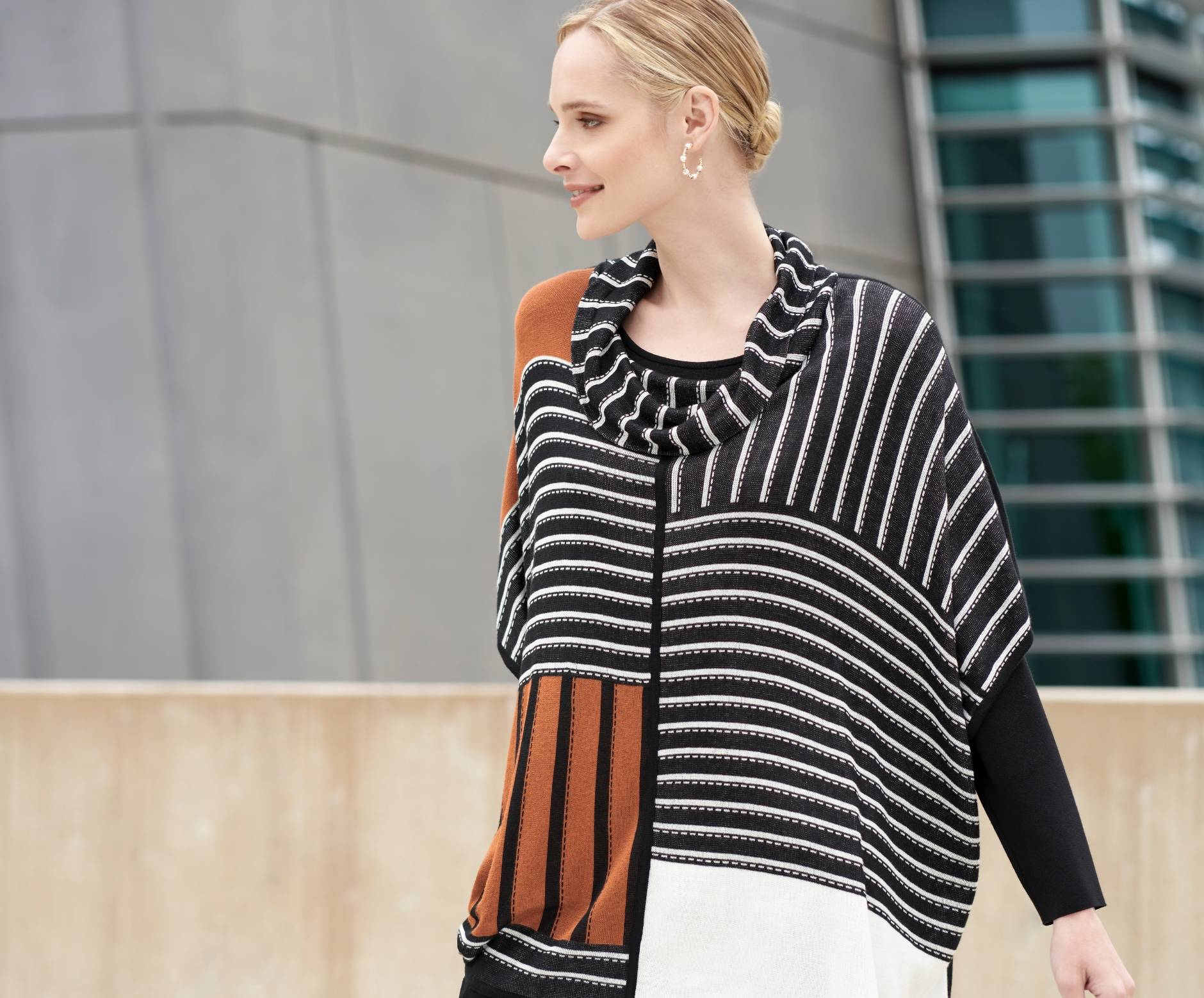 Contrasting Stripe Easy-Care Knit Tunic | Ming Wang