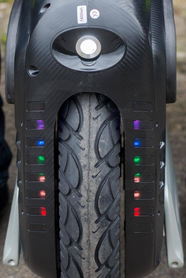 Gotway MSuperX MSX EUC Review front led lights