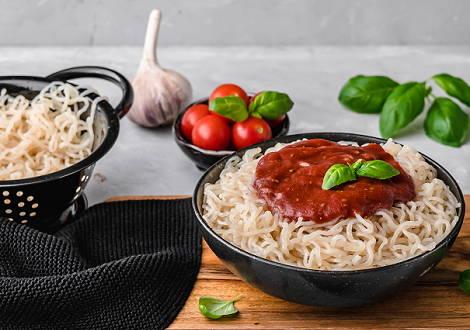 Gli spaghetti Shirataki sono ottimi se si vuole mangiare a basso contenuto calorico