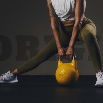 Kettlebell Deadlift - Kettlebell Workout for women