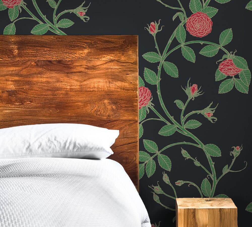 How to create a striking wallpaper accent wall and raise the