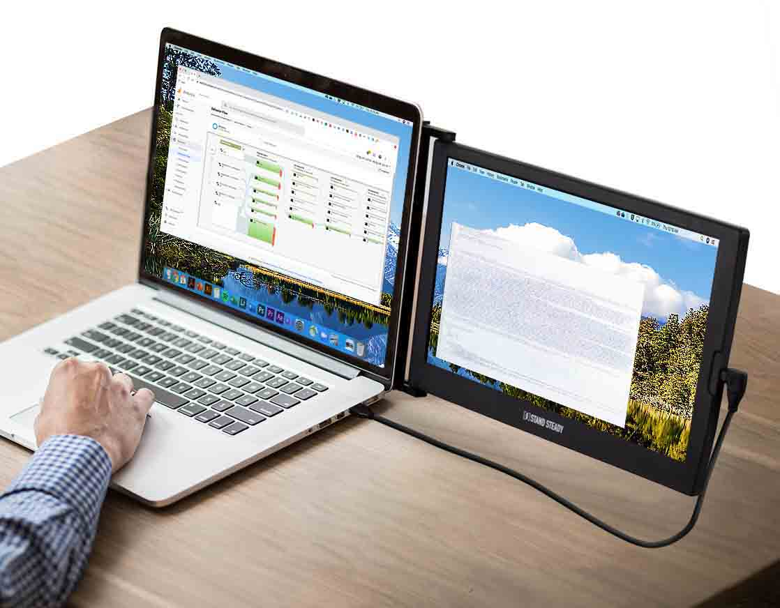 Multitasking with your extended dual screen laptop monitor