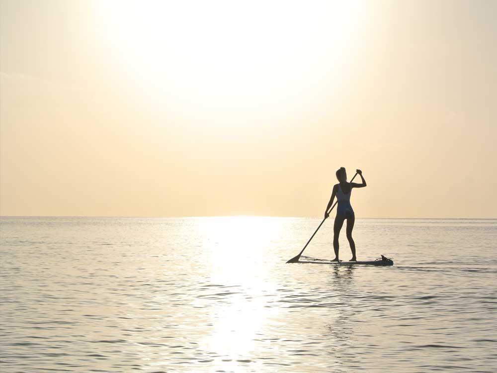 Paddling the Pau Hana Big EZ Hawaiian VFT stand up paddle board