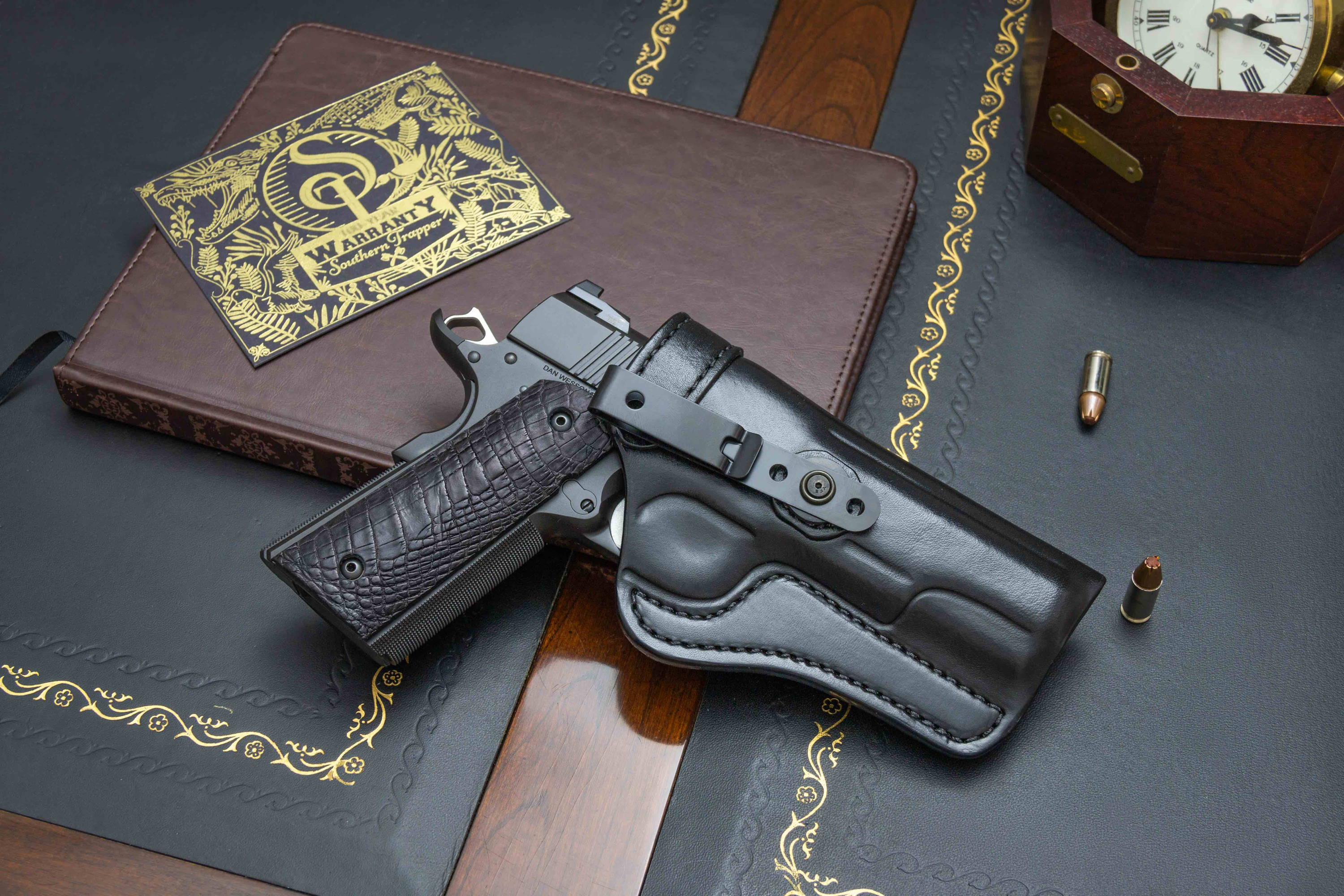 Dan Wesson Leather IWB Holster