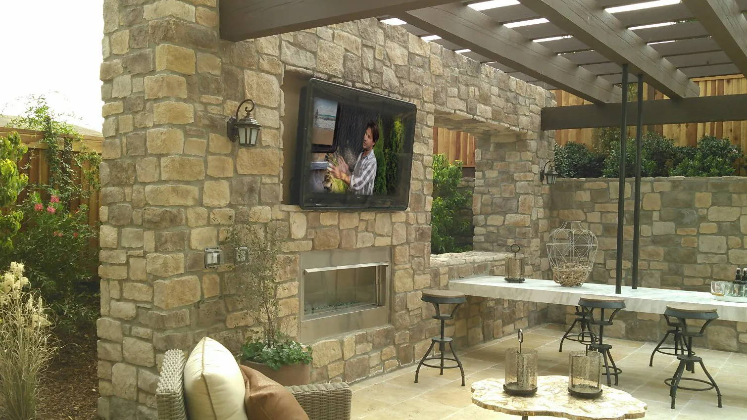 Outdoor TV enclosure residential photo gallery