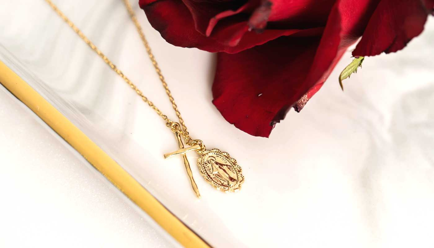withbling-with-bling-gold-necklace