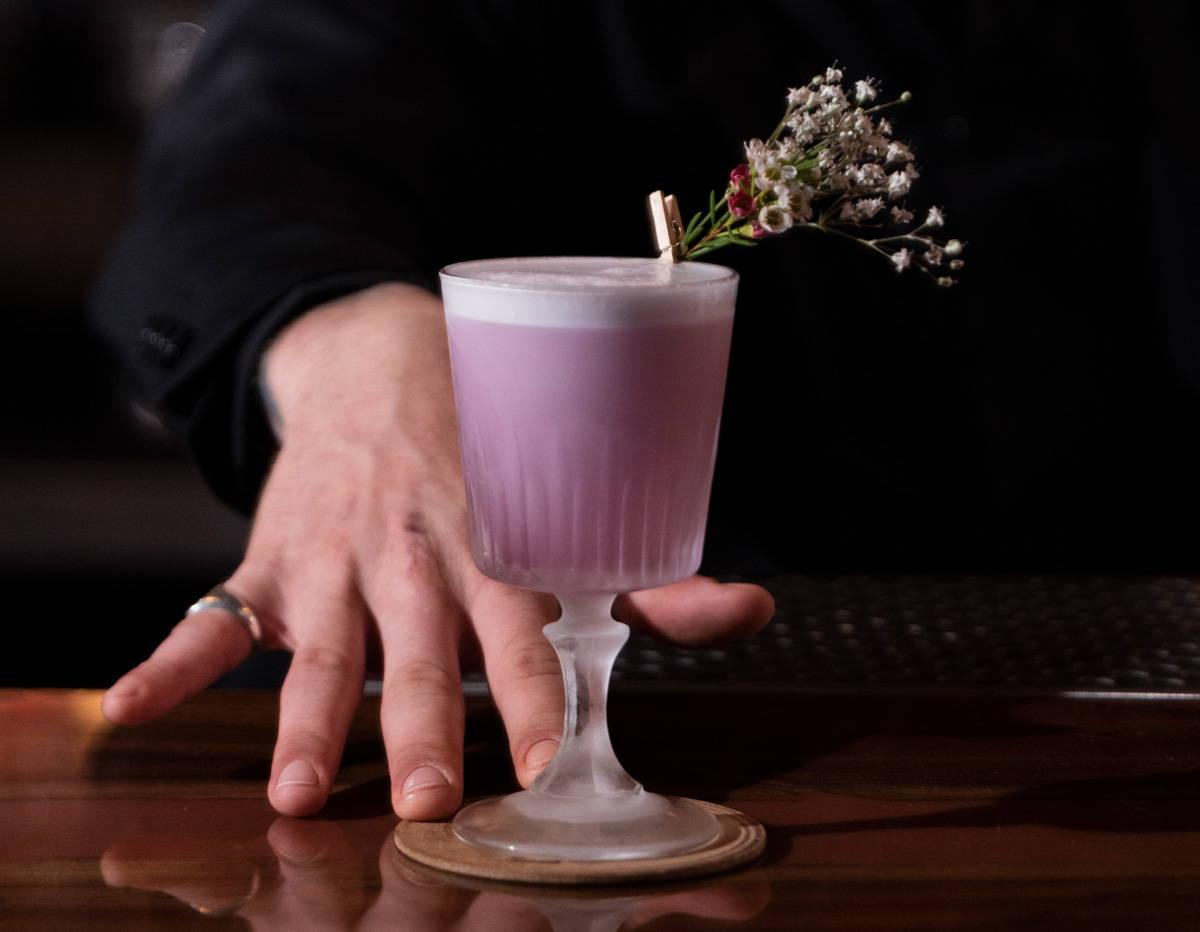 Ultraviolet: Aviation Cocktail Twist