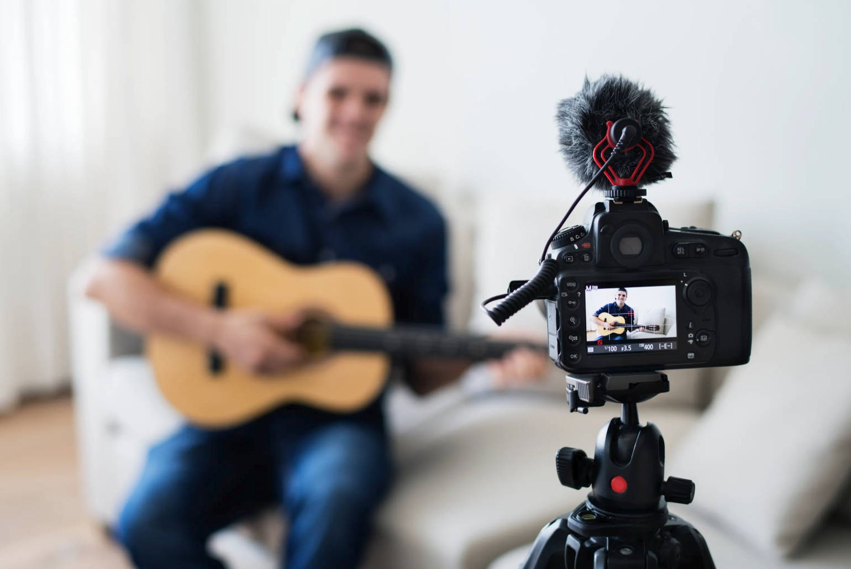 Movo Microphones. Unleash Your Creativity