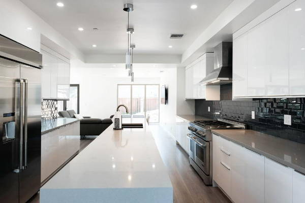 European Kitchen Cabinets - Lacquer Paint White Gloss
