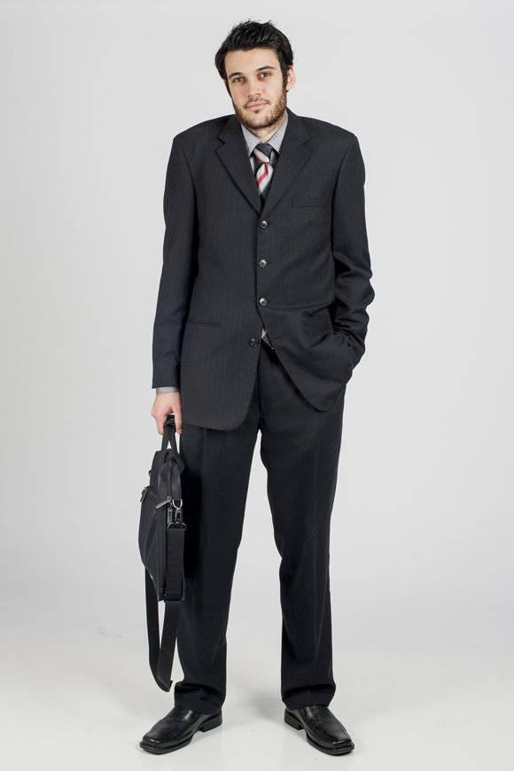 mens-bad-fit-suit