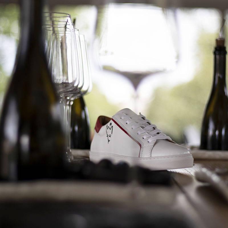 Sneakers logotées professionnels