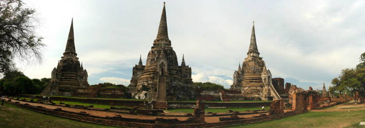 Take some photos of the Historic City of Ayutthaya in Thailand