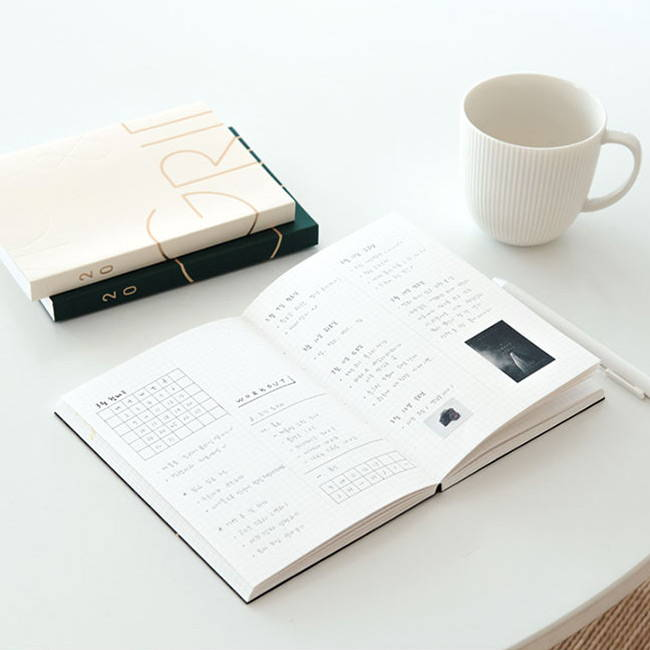 Opens flat - Eedendesign 2020 Moon and grid monthly dated diary planner