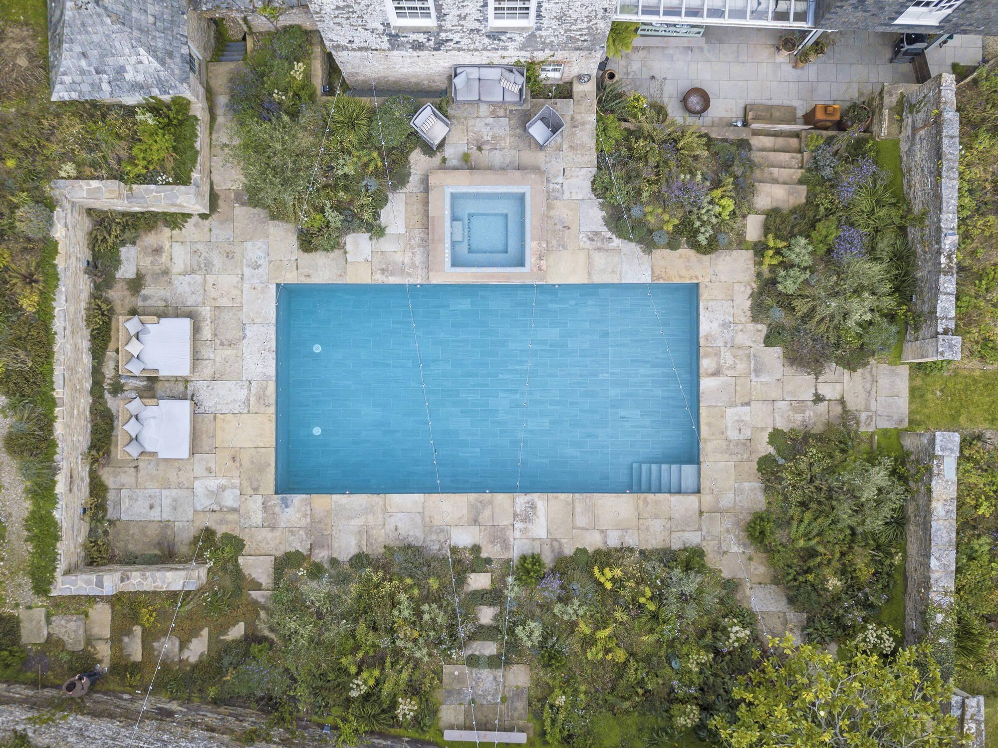 Pool Construction | Deep End Pools