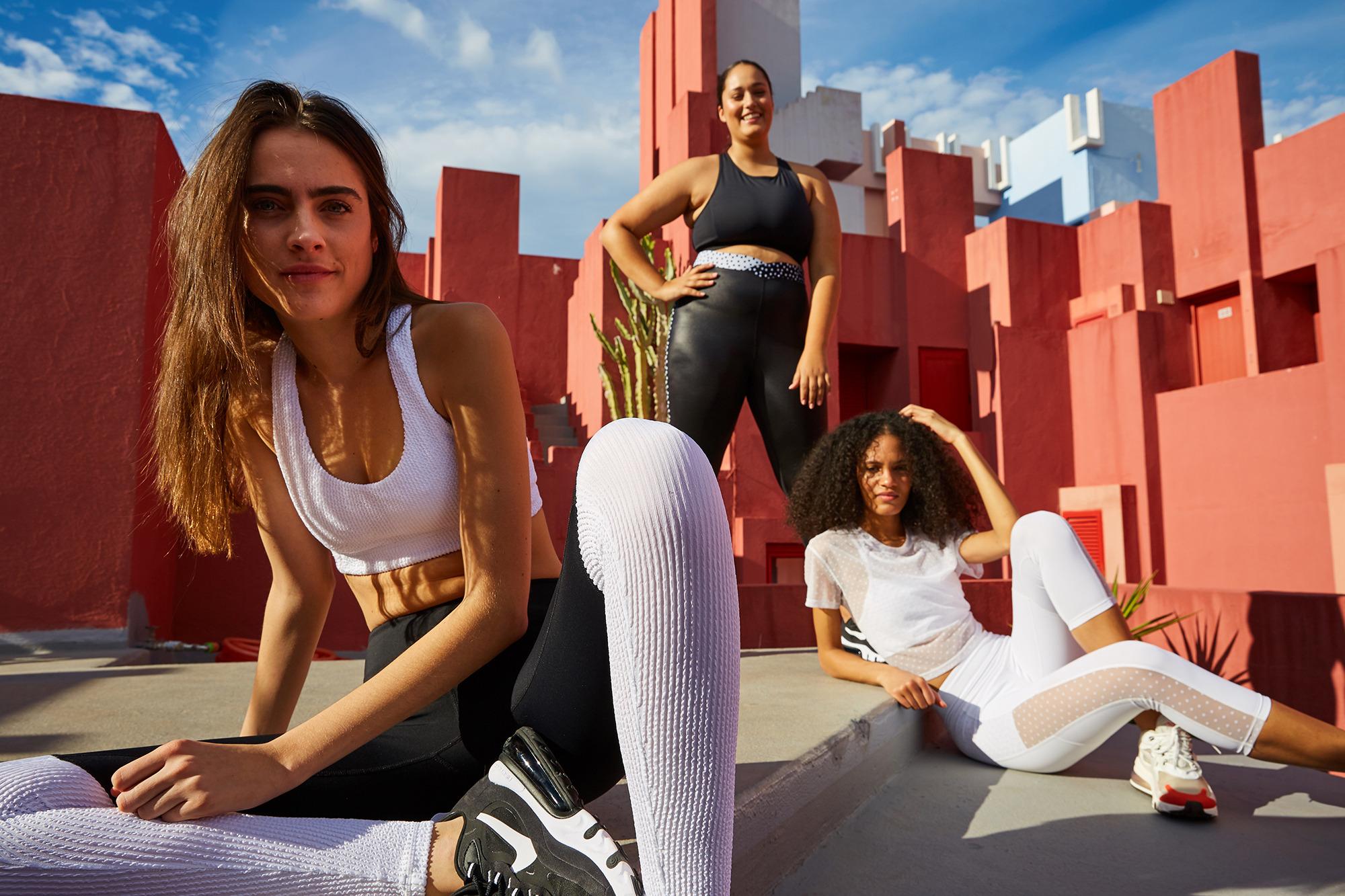 High End Women S Designer Activewear Trendy Workout Clothes Alala