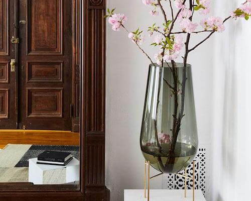 We've rounded up 12 gorgeous contemporary vases and vessels that are holiday-ready.