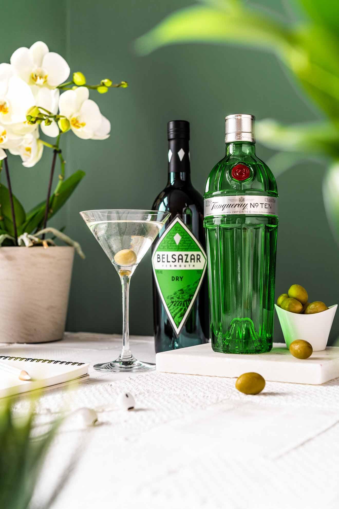 Bianco richtig servieren martini Servieren einen