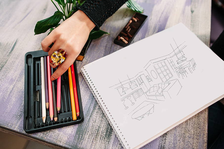 Handcrafted Furniture Designer