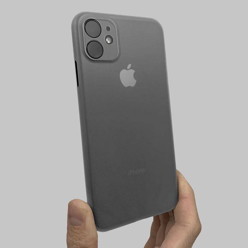 8 Best MacBook & iPhone Accessories - Slim minimal iphone case