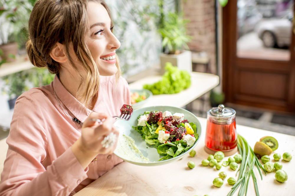 woman-eating-vegan-food