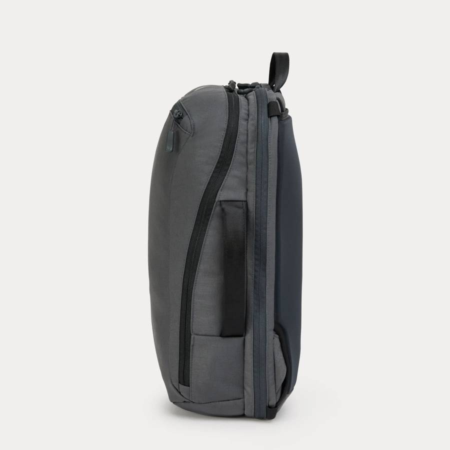Minaal Daily Bag - Side view