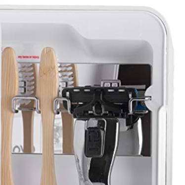 Image showing the razor holder along with toothbrushes