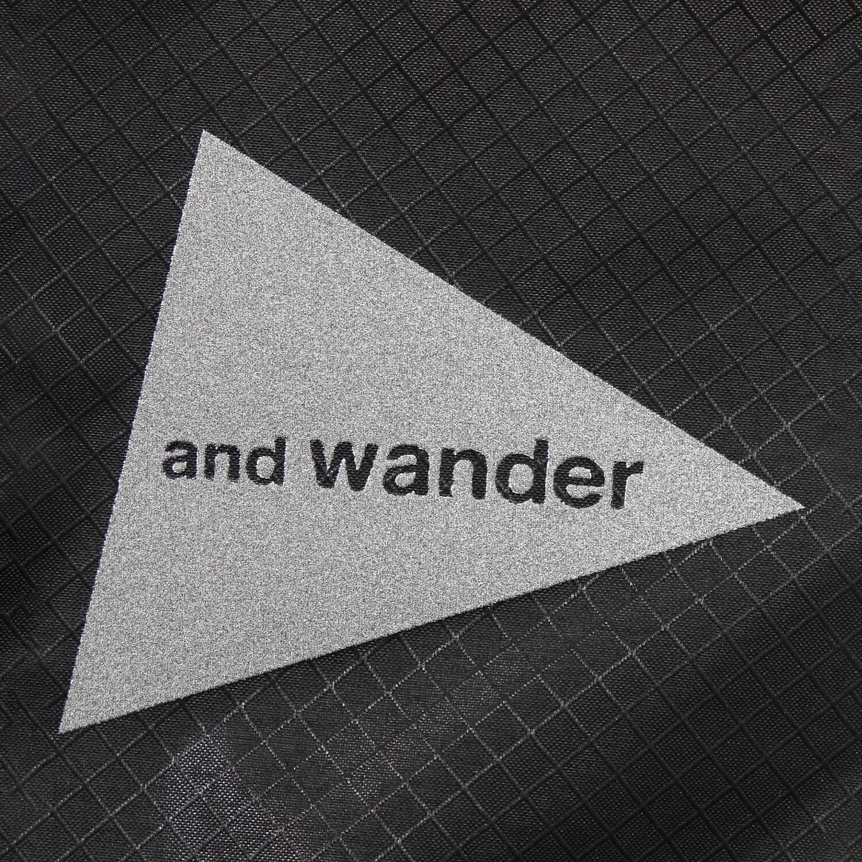 andwander(アンドワンダー)/シル サコッシュ/グレー/UNISEX