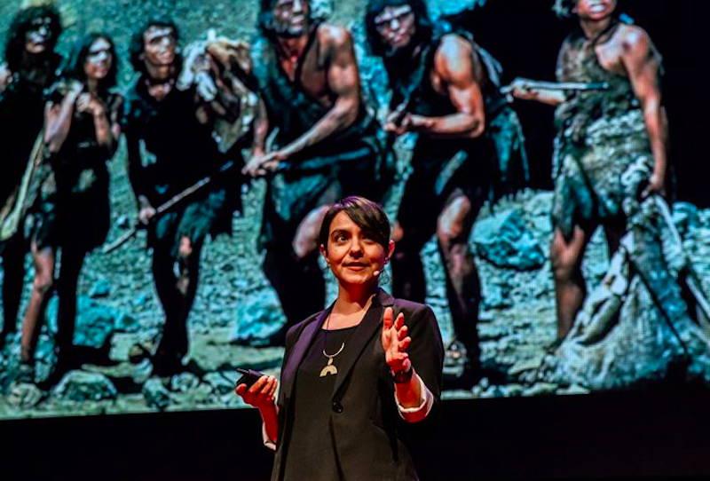 Paloma Medina Speaking