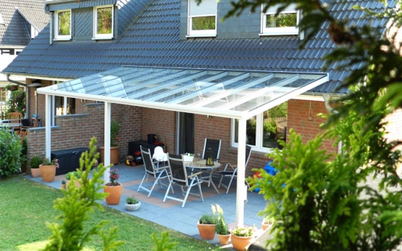 Terrassenüberdachungen aus Glas mit Zubehör