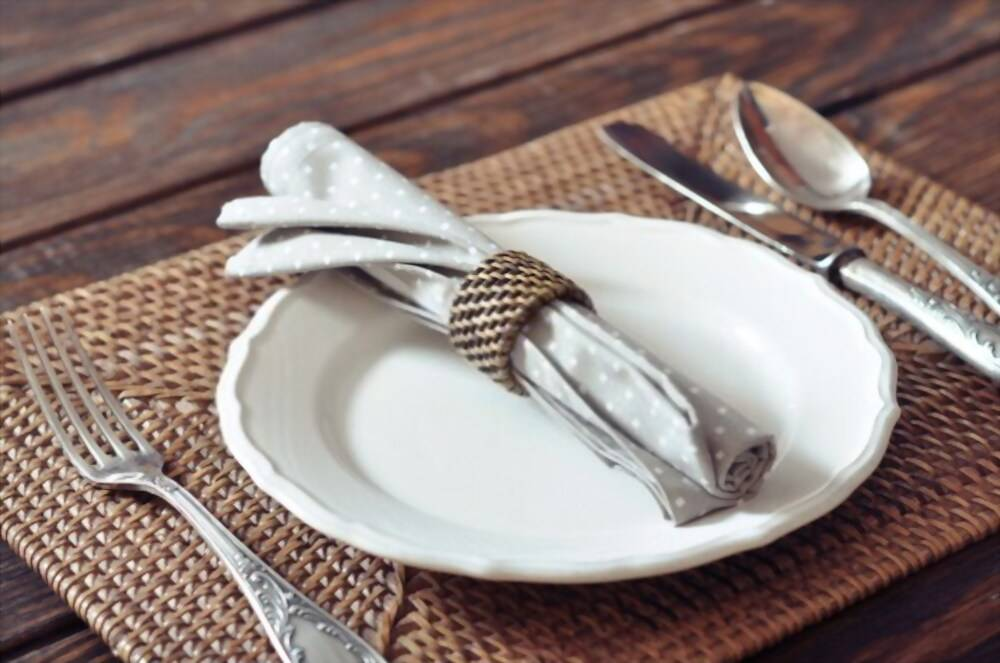 hand woven charger plates