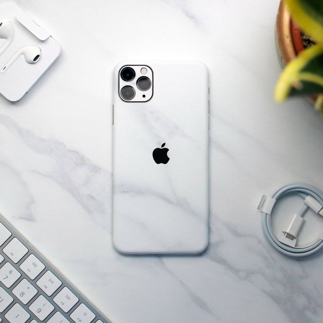 iPhone 11 Pro Max White Marble Skins