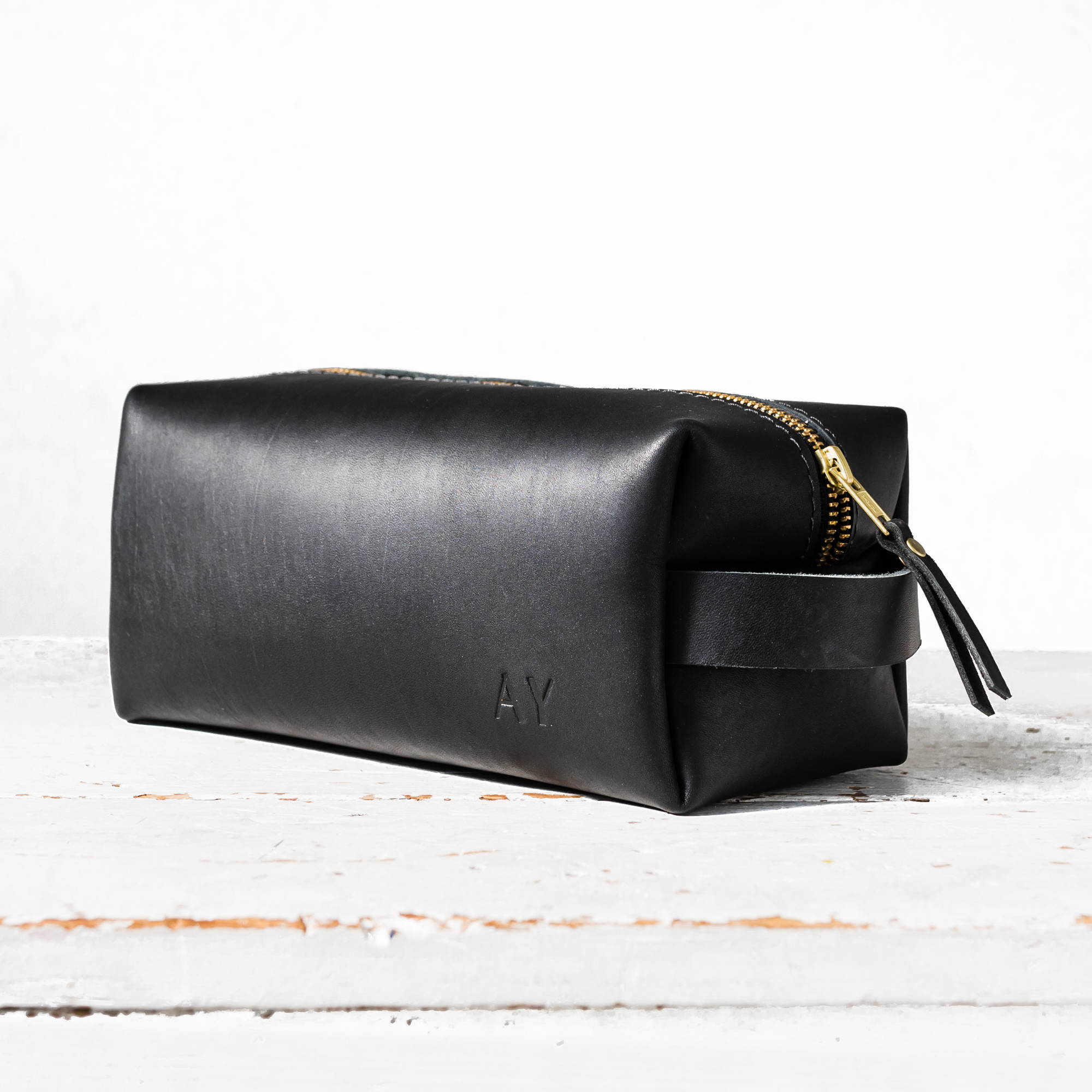 black handmade leather dopp kit by portland leather goods