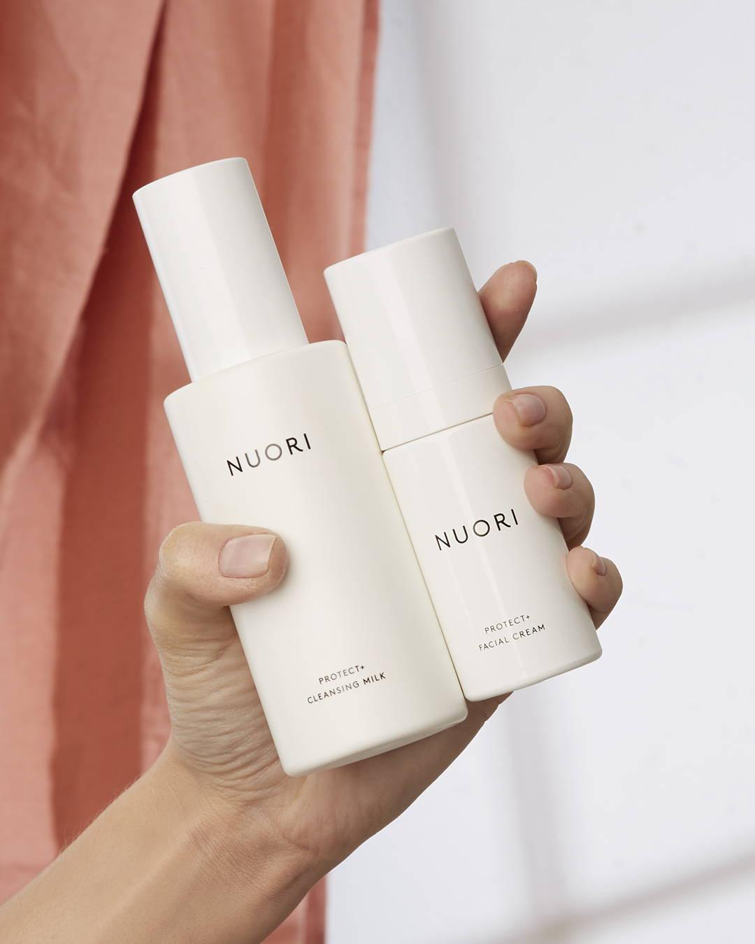 Le duo Nuori Protect+ Cleansing Milk et Facial Cream pour les peaux déshydratées