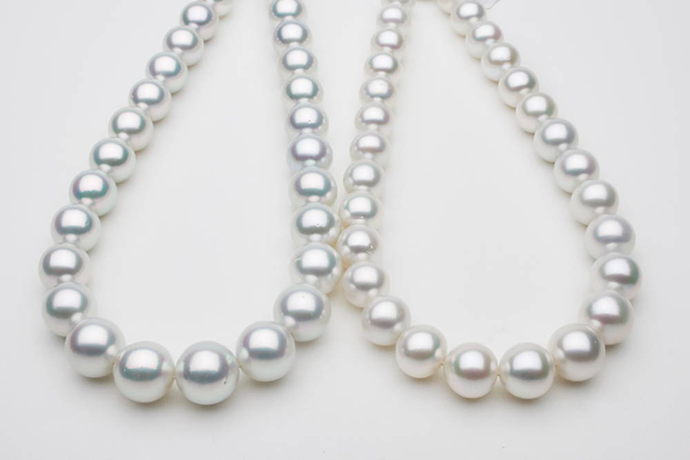 Purchasing South Sea Pearls is Balancing Beauty Over Budget