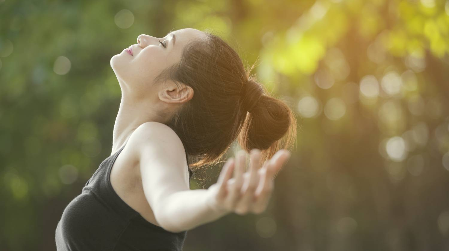 Featured | Woman breathing deeply | Focused Breathing Exercises and Techniques For Better Endurance and Improved Mood