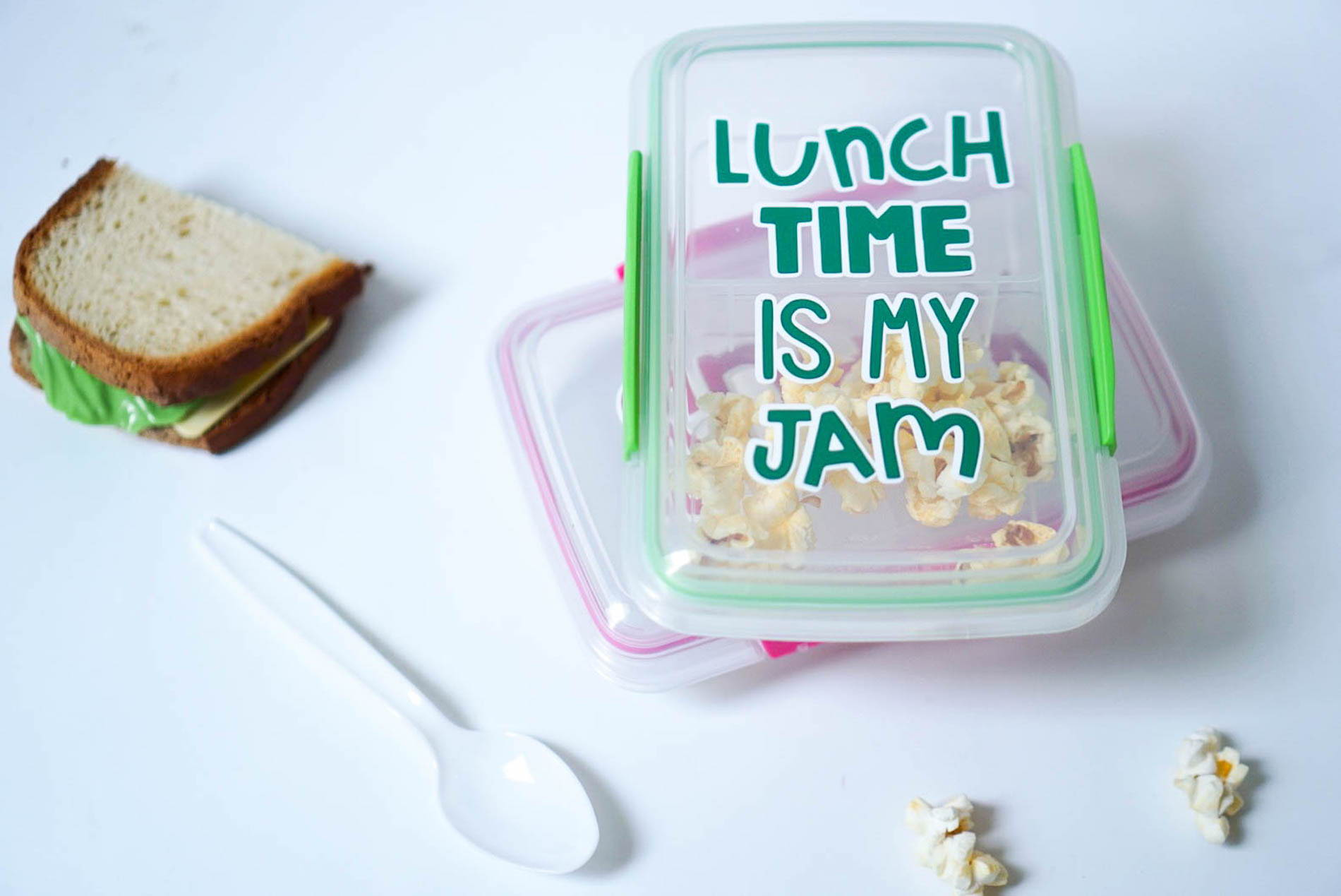 DIY lunch containers with Craftables adhesive vinyl