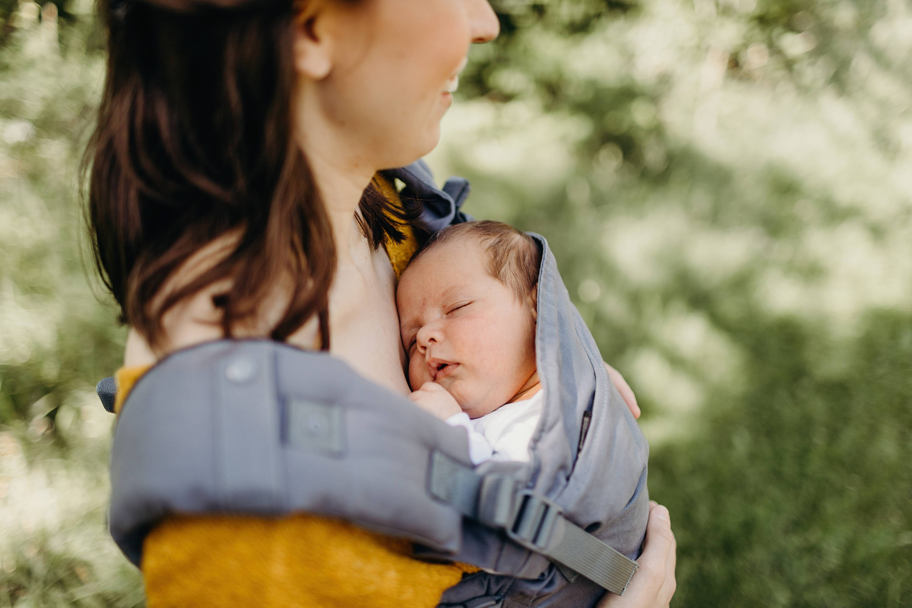 Nine Reasons Not to Carry Your Baby Facing Out - Boba