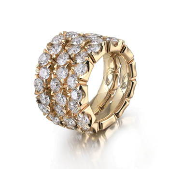 Yellow gold ring with three rows of diamonds